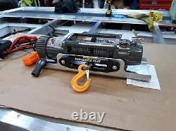 Renforcement Du Truck Winch & Plate 7.2hp Moteur Synthétique Rope Winch @ 390,00 £ Inc T