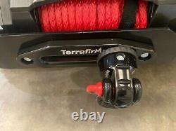 Tf3320 Terrafirma M12.5s 12v Corde Synthétique De Treuil Électrique Et 2 Télécommandes Sans Fil